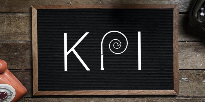 The word KPI displayed on a blackboard